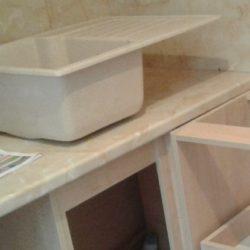 Установка мойки из искусственного камня в кухонную столешницу своими руками